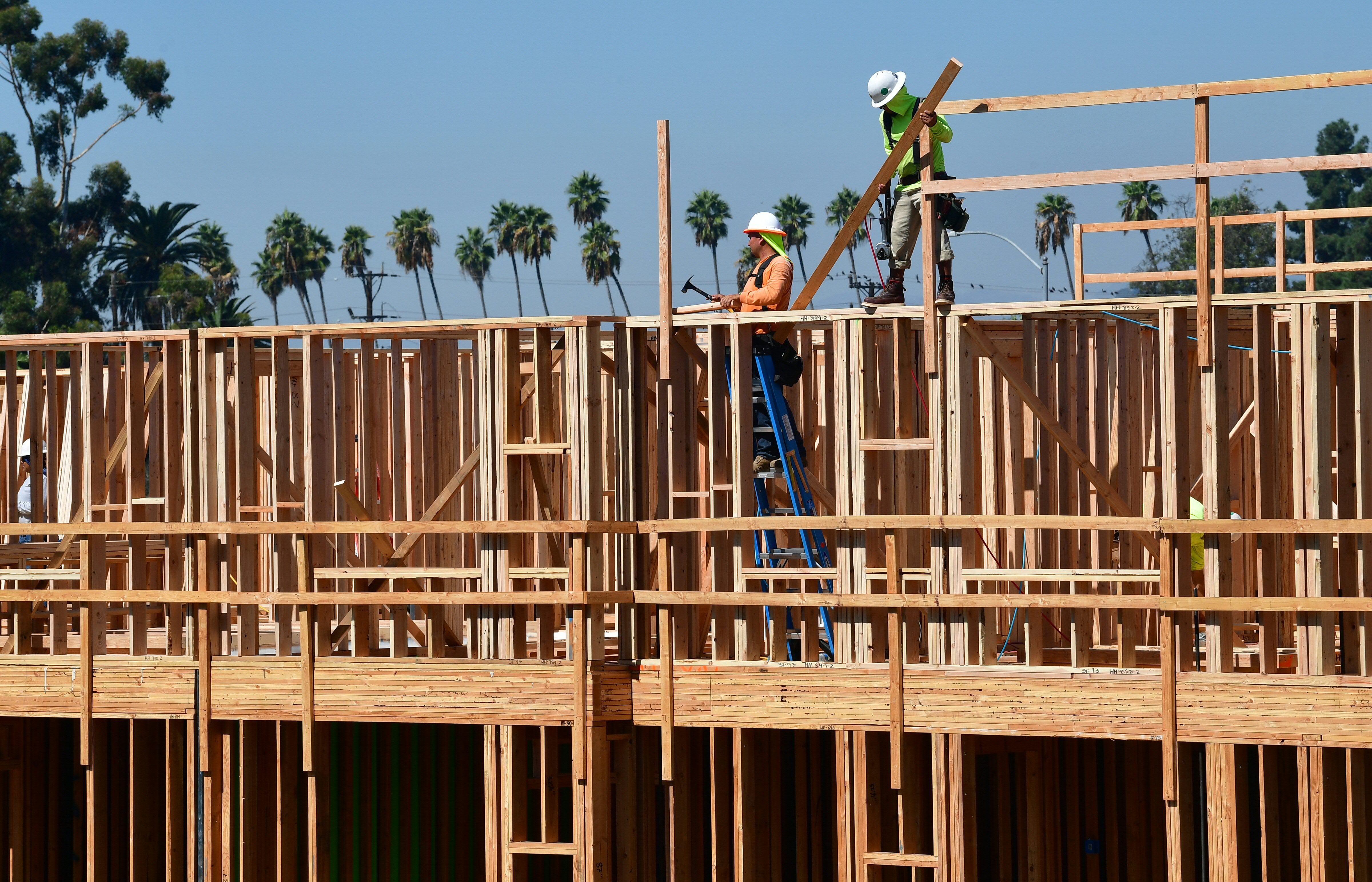 LA Set To Pass Emergency Law Halting 'No-Fault' Evictions