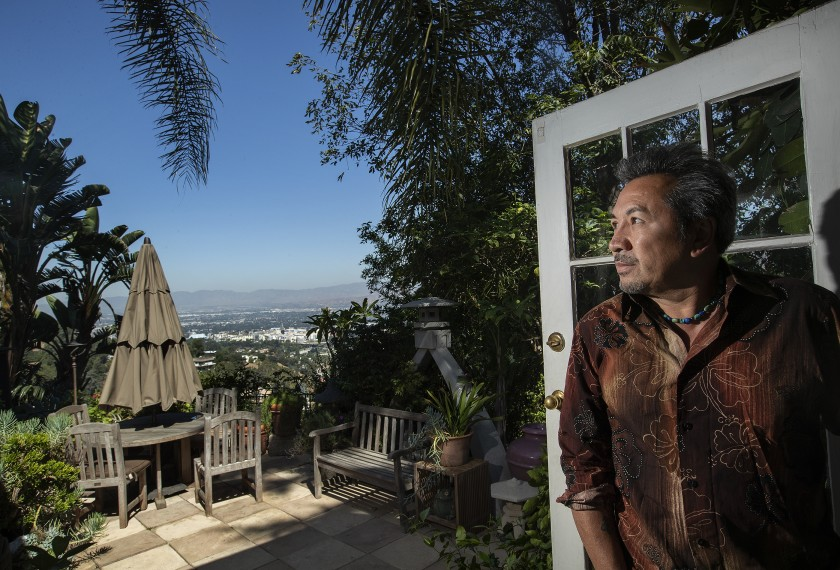 L.A. hosts fear crackdown on renting out second homes for short stays