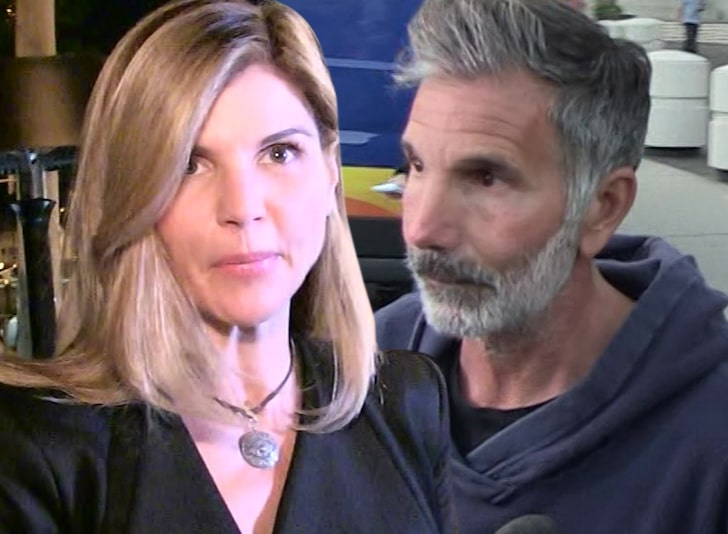Lori Loughlin, Mossimo Giannulli Wrote Check to USC, So Sports Dept. Could 'Feed the Beast'