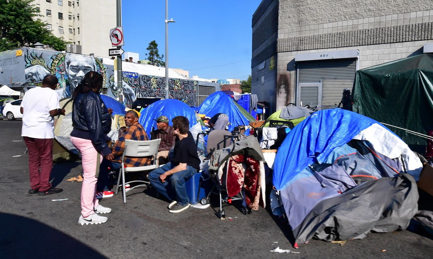 LA Councilman David Ryu Proposes Overnight Parking Lot For Homeless Population