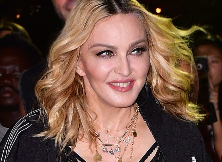 Madonna: I Have Antibodies ... Gonna Breathe in COVID-19 Air